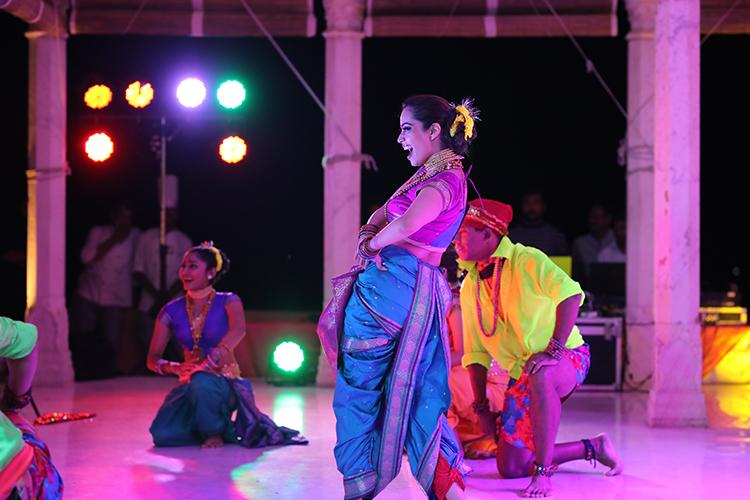 Lavni dance